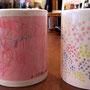 ここ数年毎年敬老の日に合わせてオーダーいただいているのは尾鷲市のN様。お二人のお子さんが描いた絵をプリントしたマグカップを毎年おじいちゃん・おばあちゃんに贈られるそうです。