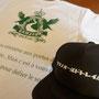 来週末に熊野市は紀和町で開催される「熊野古道トレイルランニングレース 2014」 今年も有難いことにTシャツやキャップ等での制作に携わさせていただき本日納品完了です♪ レース当日は物販ブースにて当店もバック等のグッズを販売させていただく予定です。 丸山千枚田や瀞峡、 赤木城跡などを駈けめぐる熊野トレランレースは30日日曜日開催いたします。
