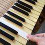 象牙鍵盤の変色