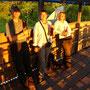 Sundowner in der Sunset-Bar - mit Liz und Colin