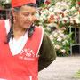 Blumenverkäuferin in Cuenca