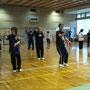 各種目に分かれて講習会が始まりました。24式太極拳。