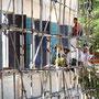 freundliche Bauarbeiterinnen