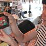6月23日に定期ワークショップが絵本カフェholo holoで開催されました。