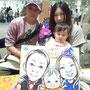 いつものご家族が朝から来てくれました! 「今日は絶対ハロウィンで描いてもらおうと思って!」って。 ご主人地でドラキュラいけるくらい似合ってますよ…☆【pico 2013.10.27】