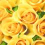 デジタル加工背景 黄色いバラ