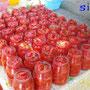 冬に向けてのトマトの瓶詰め作業