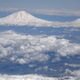 Berg Arrarat vom Flugzeug aus - 5137 m überm Meer - © Peter Diziol