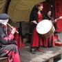 Luscinia Obscura mit Musik, Tanz und Gaukelei