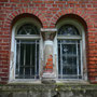 Schildeck - Szydlak, Ostpreussen - Polen (2016), Fenster mit Rundbogen