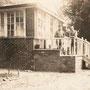 Charlottenhof bei Illuxt - Sarlote bei Ilukste (1917), Gartenseite mit Veranda