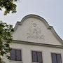 Tüngen - Bogatynskie, Ostpreußen - Polen (2020), Wappenkartusche der Familie Rutkowski- Pobog