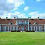 Schloss Saggad - Sagadi, Estland (2016), Auffahrtseite