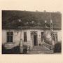 Gutshaus Keulenburg - Golubewo, Ostpreussen, Russland, Kaliningrad (Foto 1939), Eingang mit RAD-Flagge