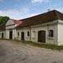 Wattel - Vatla, Estland (2018), Nebengebäude (heute als Turnhalle genutzt)