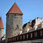 Reval - Tallinn, Estland (2016) Stadtmauer mit Wehrtürmen