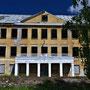 Herrenhaus Wayküll - Vaeküla, Vaekula, Estland (2016), die ehem. Schule (Lost Place)