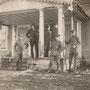 Lipskaln - Lipskalna Muiza, Livland, Lettland (1918), Herr v. Stryck (2. von links), von Helmer, Lt. Wilke, Major Dekkert, Lt. da Haen