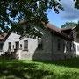 Könhof - Keeni, Livland - Estland (2018), Seitenansicht mit Eingang