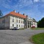 Herrenhaus Leal - Lihula, Estland (2019), Auffahrtseite