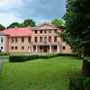 Herrenhaus Gross-Platon - Lielplatone, Kurland, Lettland (2019), Auffahrtseite