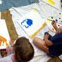 Kleine Künstler bei der Arbeit