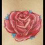 タトゥー カラー 薔薇 赤 リアル トリックアート だまし絵 胸