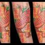 タトゥー 鯉 和柄 カラー 腕 赤