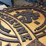 Umsetzung Schild XL, aus Holz mit  gefrästen Einzelelementen