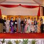 在ミャンマー日本国特命全権大使と記念撮影