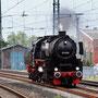 52 6106 rangiert in Bielefeld in Höhe des alten Bahnbetriebswerkes - Foto: Mathias Rothmann