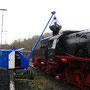 Ein gerade erst restaurierter Fuchs-Bagger 300 sorgte zuverlässig für die Bekohlung der Lokomotiven