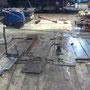 Die Altbleche des Führerhausbodens liegen in Gerolstein zum Ausmessen bereit