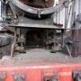 Blick auf die Ausströmrohre der Zylinder unter der Rauchkammer - Foto: Norbert Rademacher I