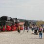 Fahrzeugausstellung mit 52 6106 in Ulmen, davor 41 360 aus Oberhausen