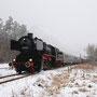 Hinter Höchstberg rollt der Zug hinab in Richtung Ulmen - Foto: Guido Walter