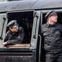 Lokführer und Heizer während der Pause in Neuffen  - Foto: Ralf Hess