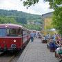 Schienenbuspendel vom Bahnhof hat den Lokschuppen erreicht - Foto: Georg Lochner