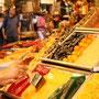 スペイン・バルセロナ・サンジュセップ市場のドライフルーツっぽい。