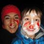 Gemeinsam im NABU aktiv - Mutter und Sohn bei der Nachtwanderung.