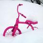 Hoher Schnee ist ein idealer Fahrradständer!