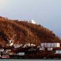 Blick zum  Aksla, dem Hausberg von Ålesund.