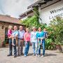 Familienfoto im Weingut