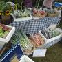 これまた初参加のまんまる農園の丸山さんの有機野菜