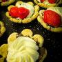 Bäckerei Weißbach › Halbfertige Kaisermuscheln - Foto: © Devant Design
