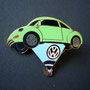 Volkswagen Ballon Beetle Pin grün