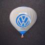 Volkswagen Ballon Pin weiß glasiert