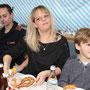 Yvonne hat günstige Knacker ersteigert für NUR 12 Euro - Mahlzeit