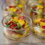 Mango-Paprika-Salat auf Hühnerbrustfilet©Heycater