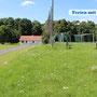 Fußballplatz bei Asche
